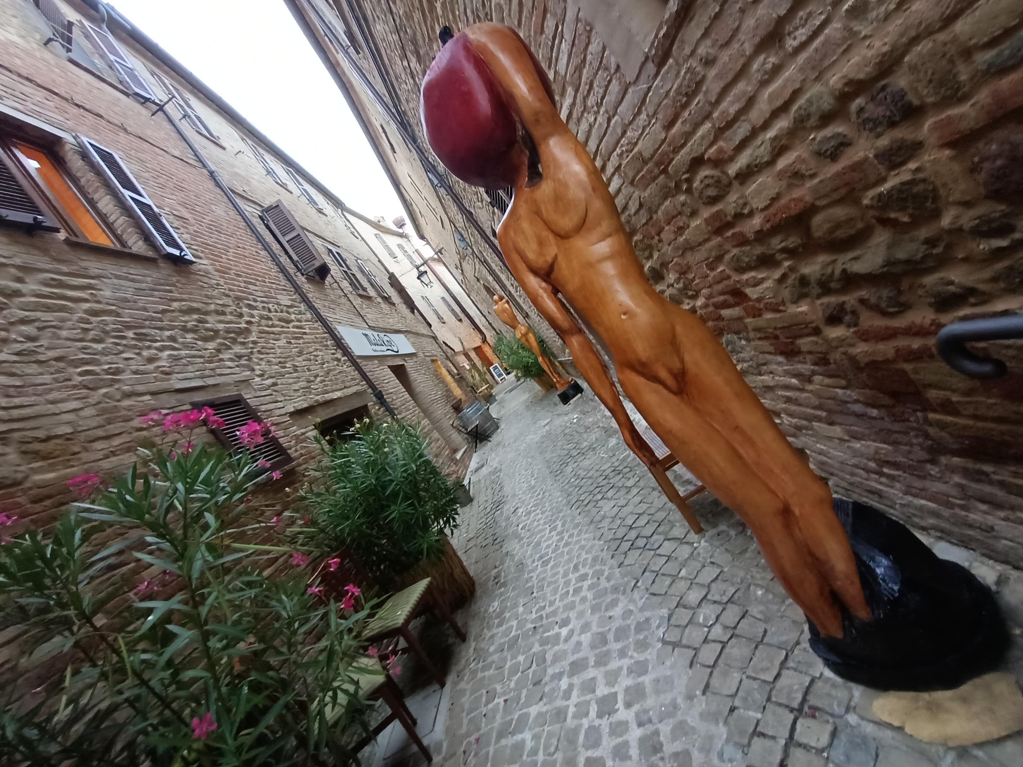 Ripe San Ginesio, il borgo che Vive.